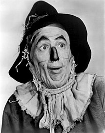 215px-The_Wizard_of_Oz_Ray_Bolger_1939